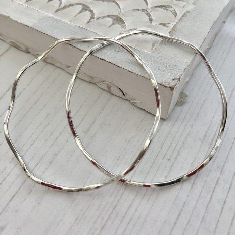 silver-wavy-bangle-2