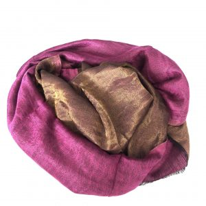 Magenta Cashmere and Merino wool scarf 1