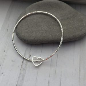 Silver bangle with heart 7