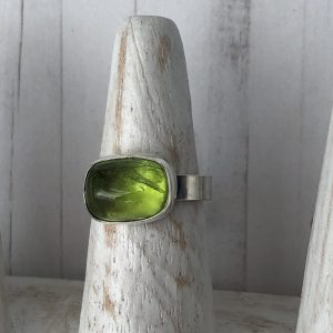 Peridot and silver ring 7